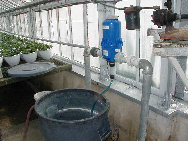 Typical fertilizer injector for greenhouses.